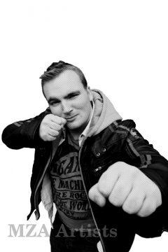 Micky Bartlett punch